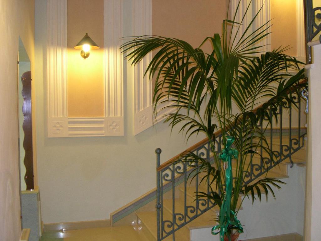 Hotel Eden, Naples, Italy - Booking.com