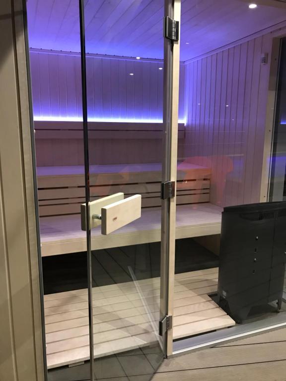 Hotel le Cinq Hyper Centre Chambry France Bookingcom