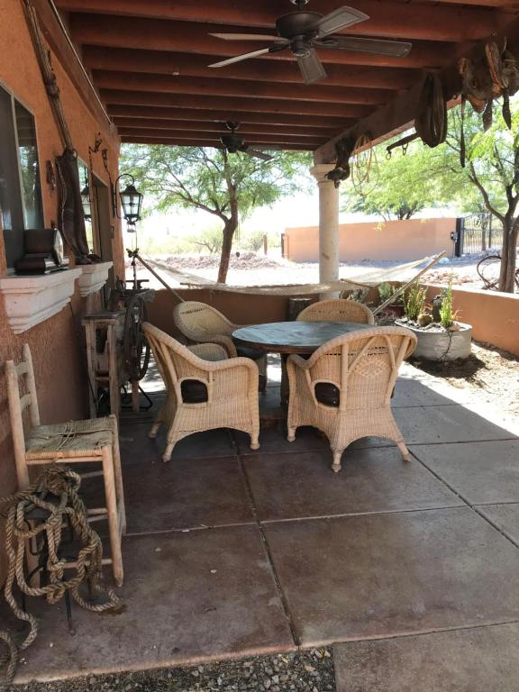 2 Raven Ranch Farm Stay Tubac Usa Deals