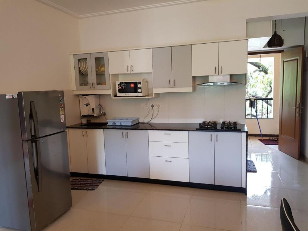 Apartment Beautiful Modern Fully Furnished 1 Bedroom Aptment Siolim