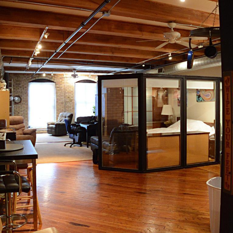 Apartment Penthouse Suite, Minneapolis, MN