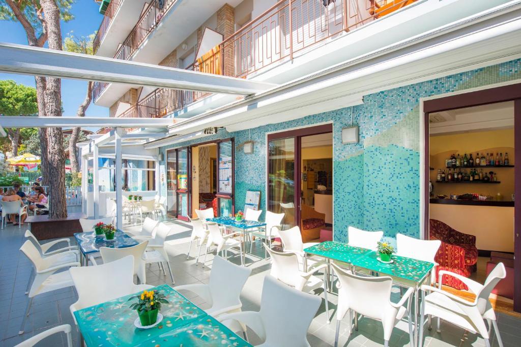 Bagno Mediterraneo Pinarella : Hotel sporting cervia u2013 prezzi aggiornati per il 2019