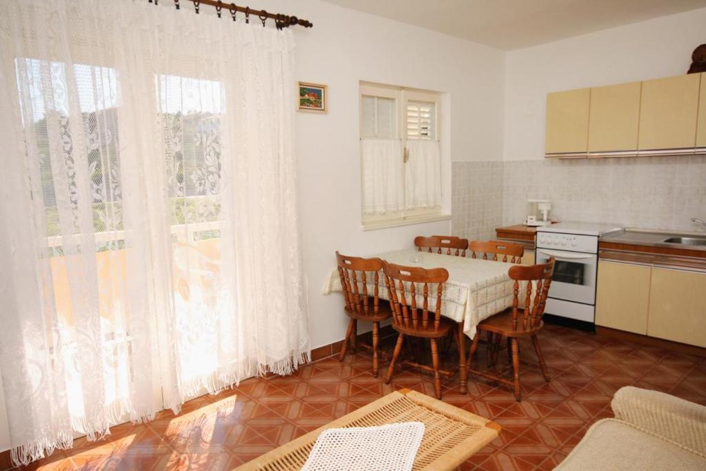 Apartment Palit 5008c