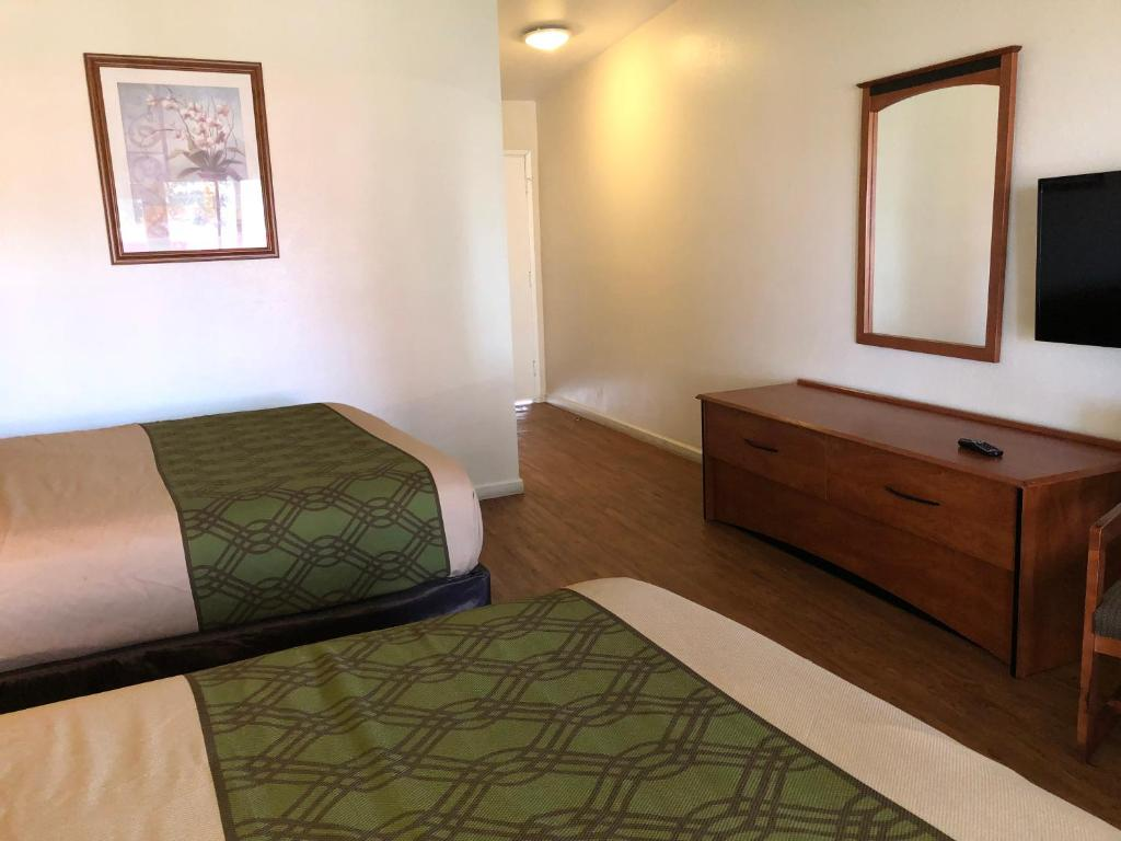 Econo Lodge Inn Suites Oakland Airport Oakland Updated 2018  # Muebles Ekono Cali