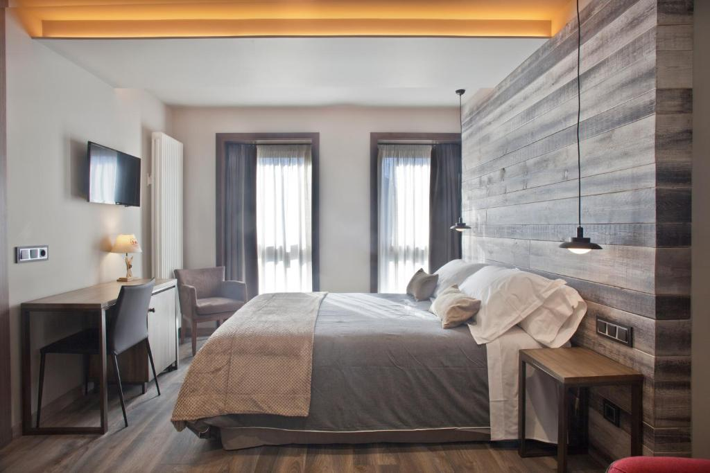 boutique hotels in huesca  90