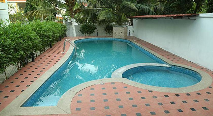 Guesthouse ecr farm house rent covelong india for Cheap resorts in ecr with swimming pool