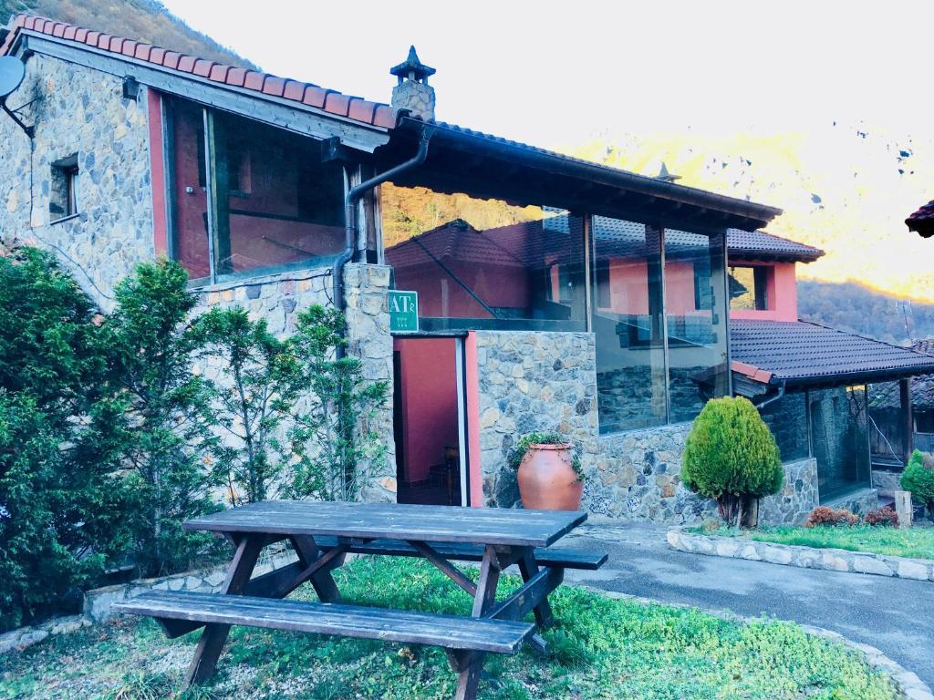 Hotels In Caunedo Asturias