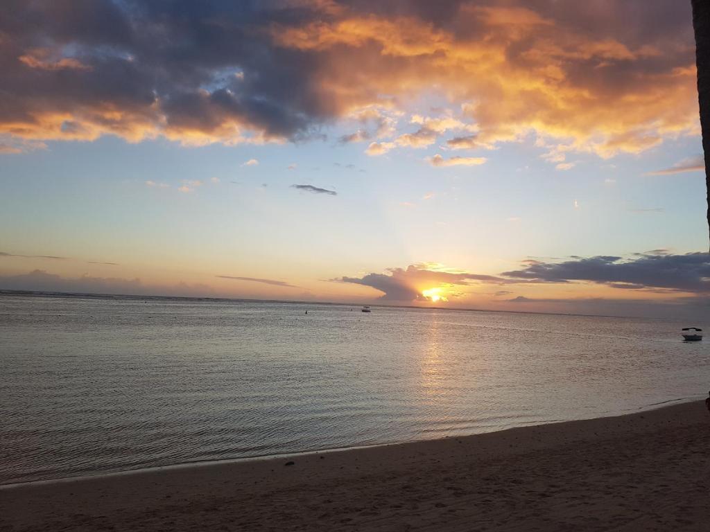 Apartment Sunset Beach Appart Grand Baie Mauritius