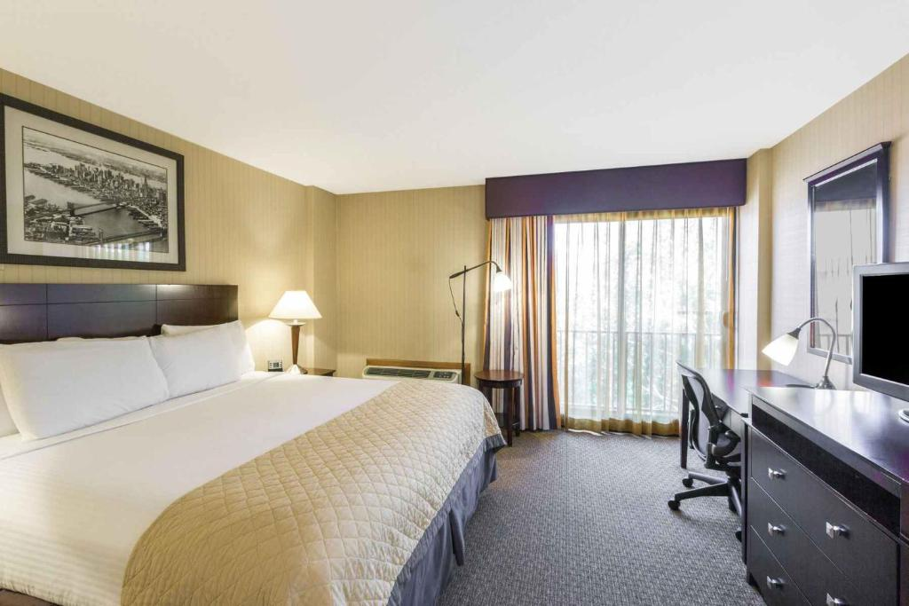 Wyndham Garden Hotel Newark Airport Reserve Now. Gallery Image Of This  Property Gallery Image Of This Property Gallery Image Of This Property ... Design Ideas