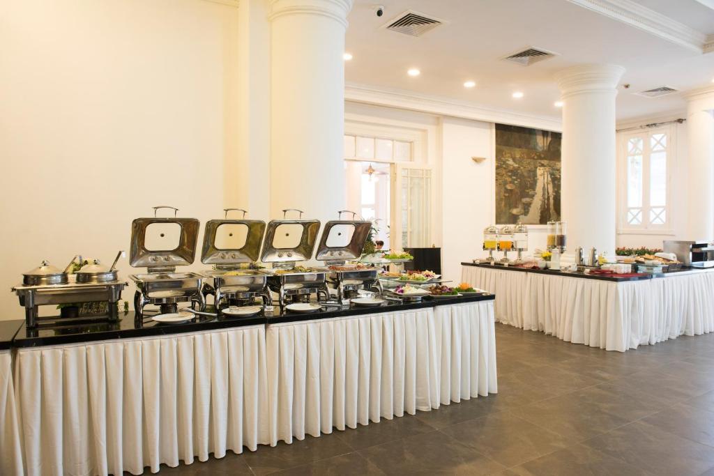 hoa binh hotel hanoi vietnam booking com rh booking com