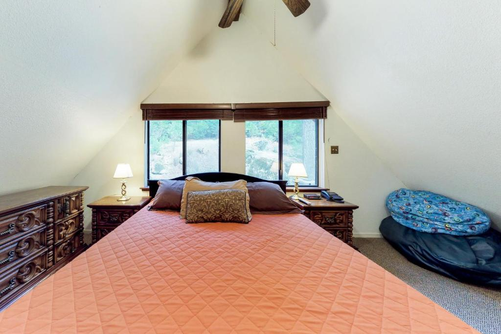 Vacation Home Deaver S Place Shaver Lake Ca Booking Com