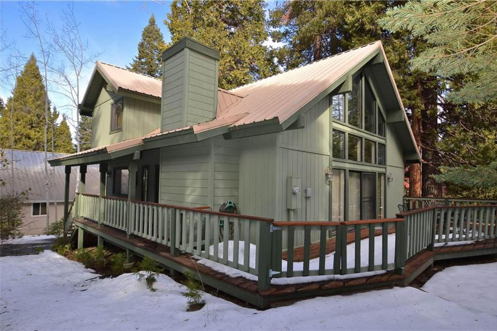 Vacation Home Paw S Cabin Shaver Lake Ca Booking Com