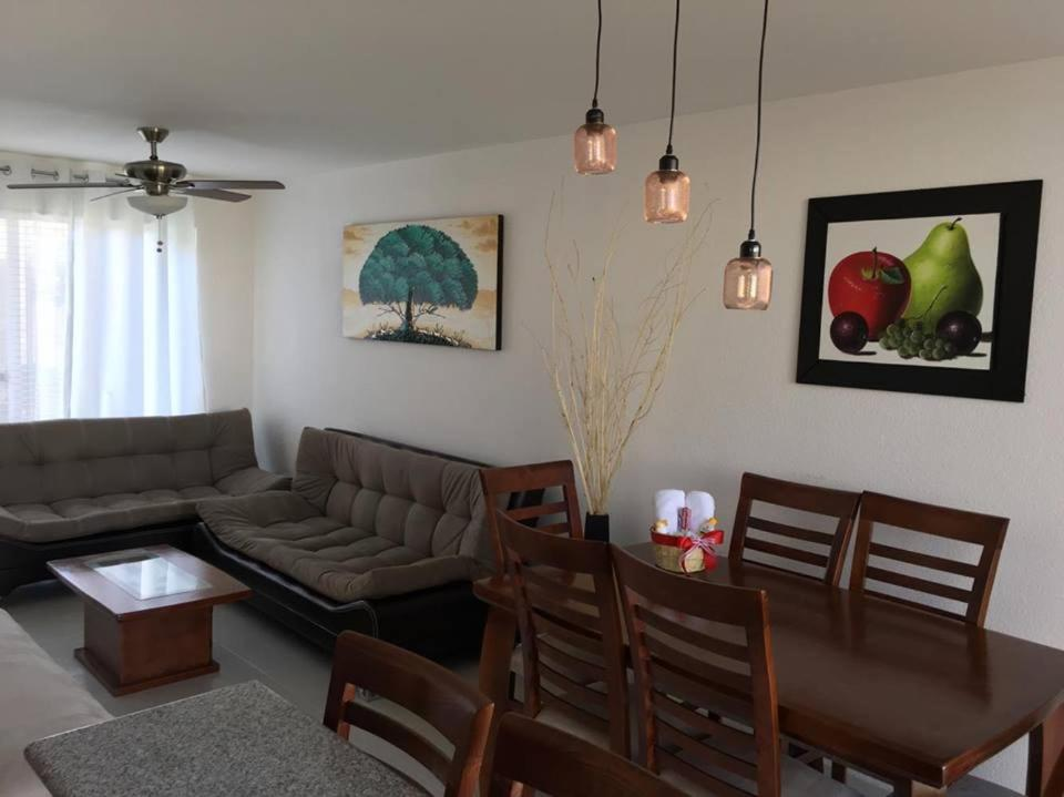 Casa del Lago, Teques, Tequesquitengo – Precios actualizados 2018