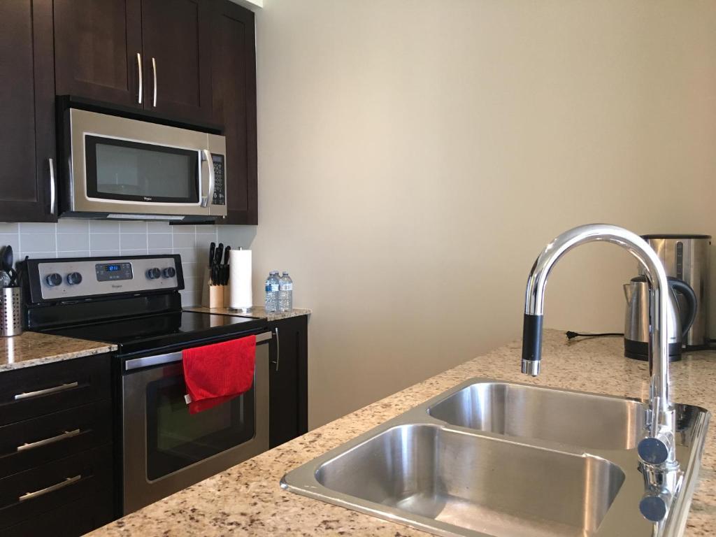Apartment Duke Suites Square One, Mississauga, Canada - Booking.com