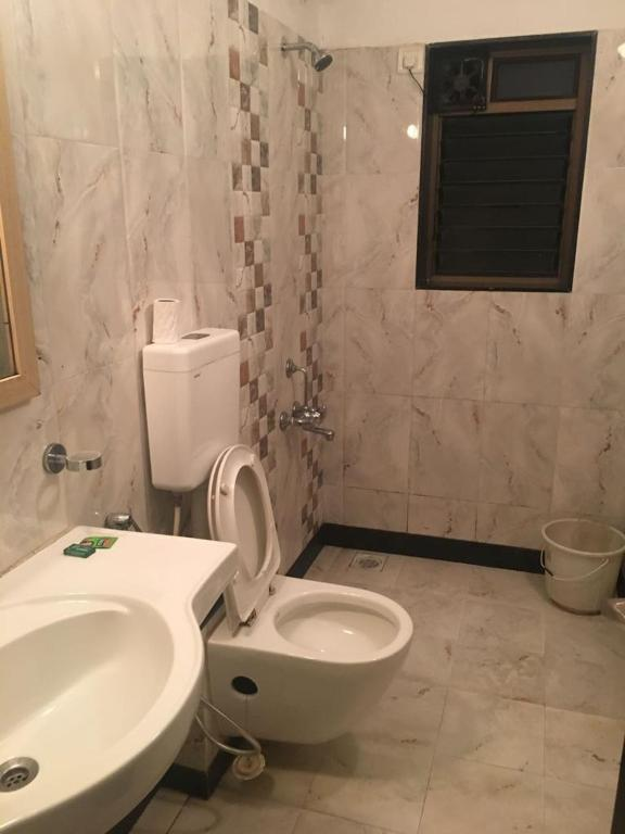 4bhk AC Bungalow With Private Pool