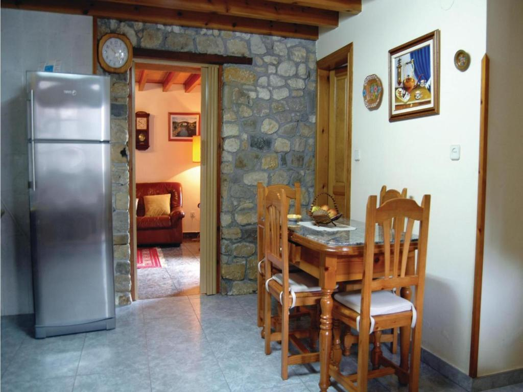 Three-Bedroom Holiday Home in Sevares, Spain - Booking.com on box lid designs, box car designs, box newel post designs, box top designs, box cooker designs, box sled designs, box bed designs,
