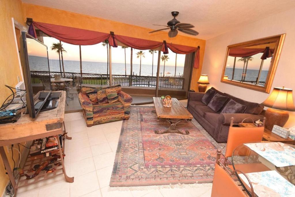 Apartment Sonoran Spa Beachfront Puerto Penasco Mexico Booking Com