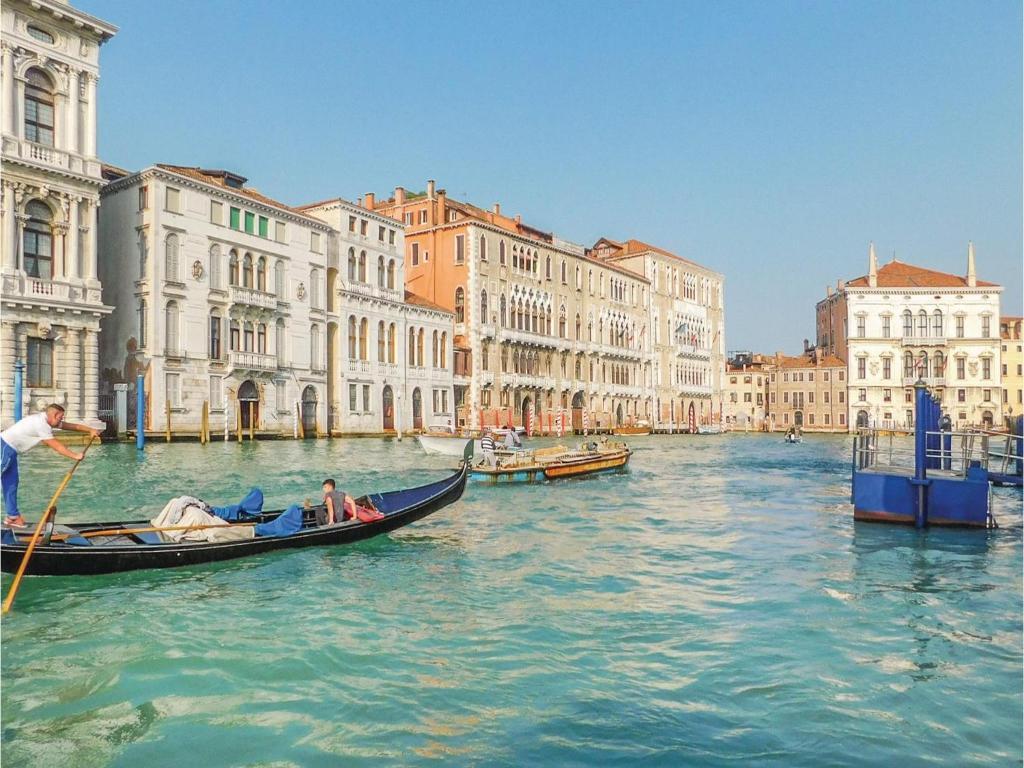 Venedik Havaalanı Marco Polo Havaalanı. Haritada Venedik Havaalanı