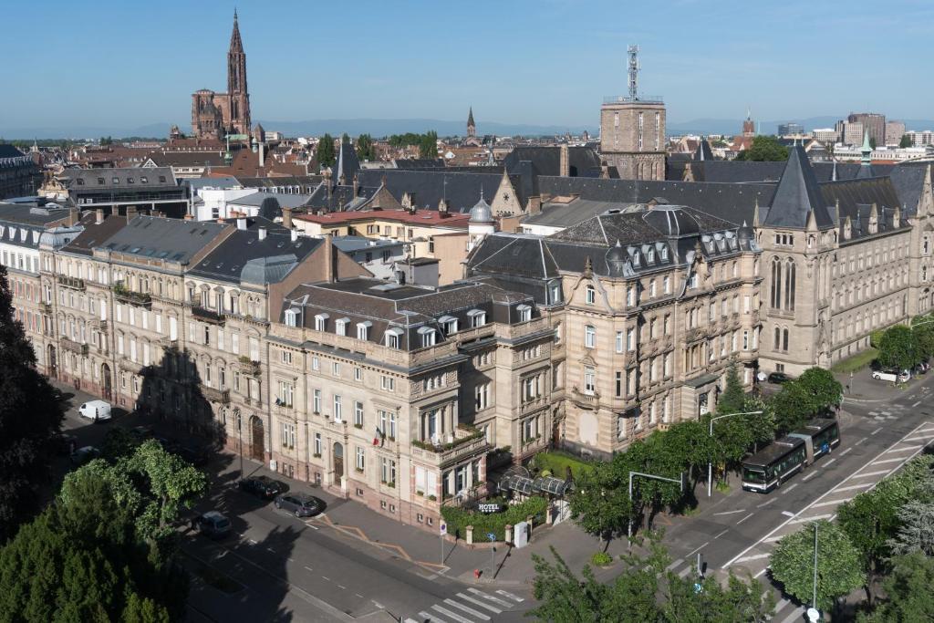 Assez Hotel Régent Contades, BW Premier Collect, Strasbourg, France  TV02