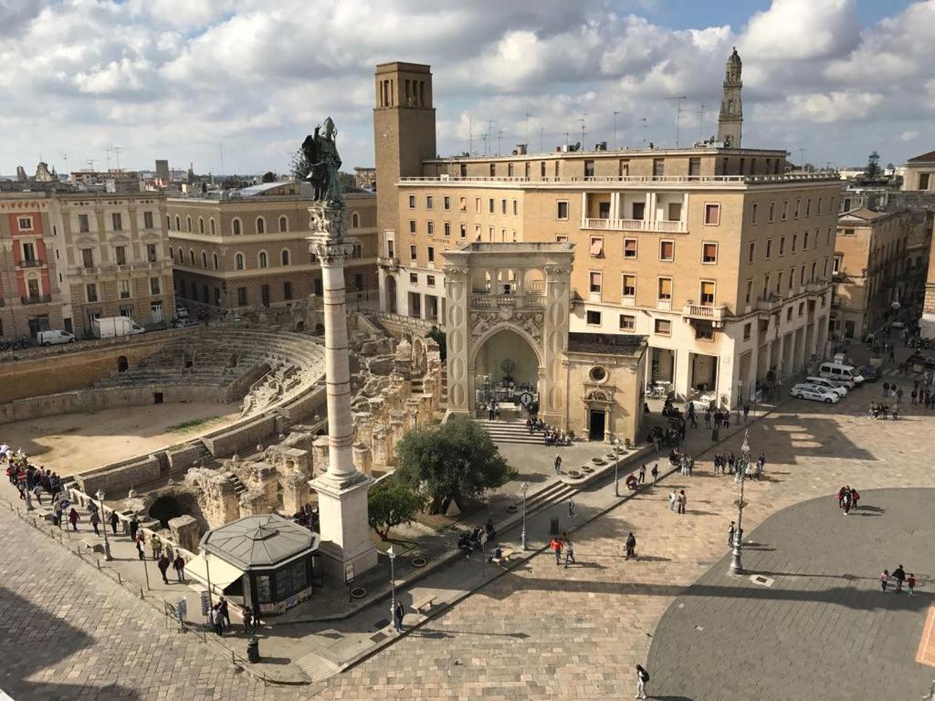 Risultati immagini per piazza sant'oronzo lecce