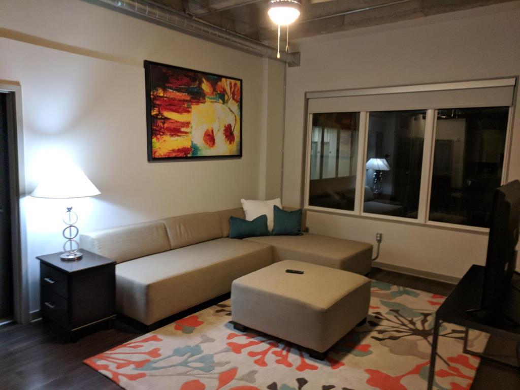 Apartment Hcs Luxury Two Bedroom Atlanta Ga