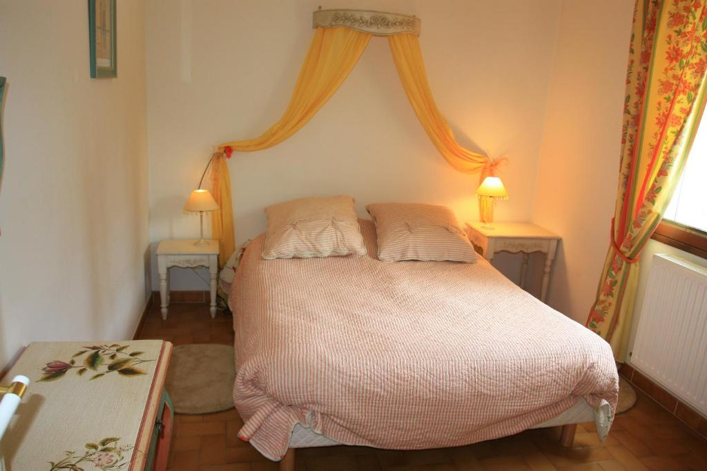 Bed and Breakfast Chambre d\'Hôtes Bleu Or, Sault-de-Vaucluse ...