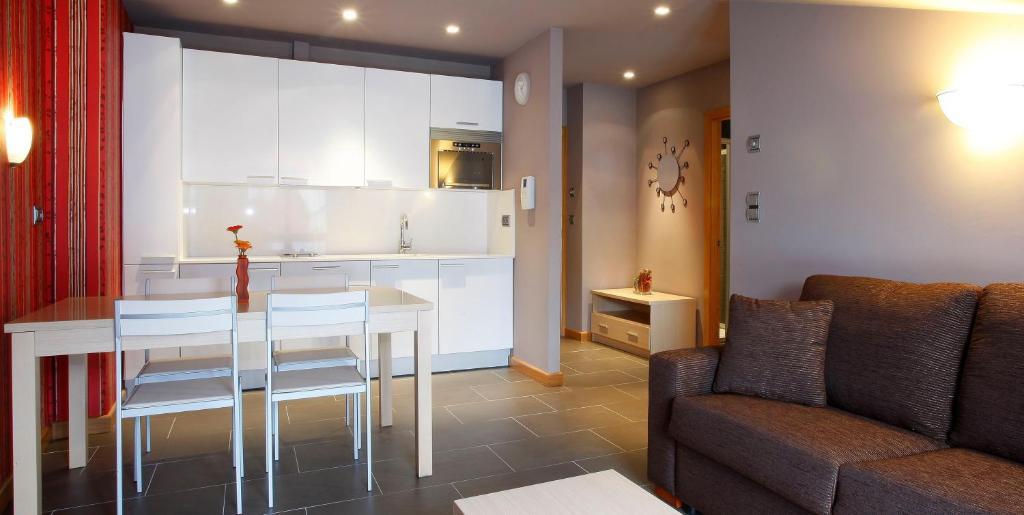 Apartamentos Spa Cueto fotografía