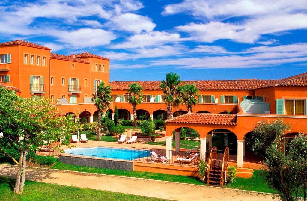 Palmyra golf hotel cap d 39 agde france for Reservation hotel france