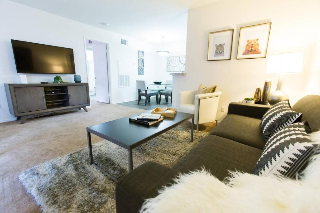 Apartment South Coast Gem  , Costa Mesa, CA - Booking com