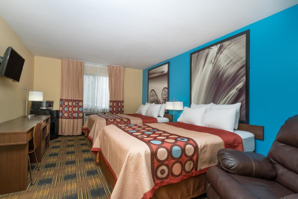 Hotel Super 8 Rochester Mayo Clinic Area, MN - Booking com
