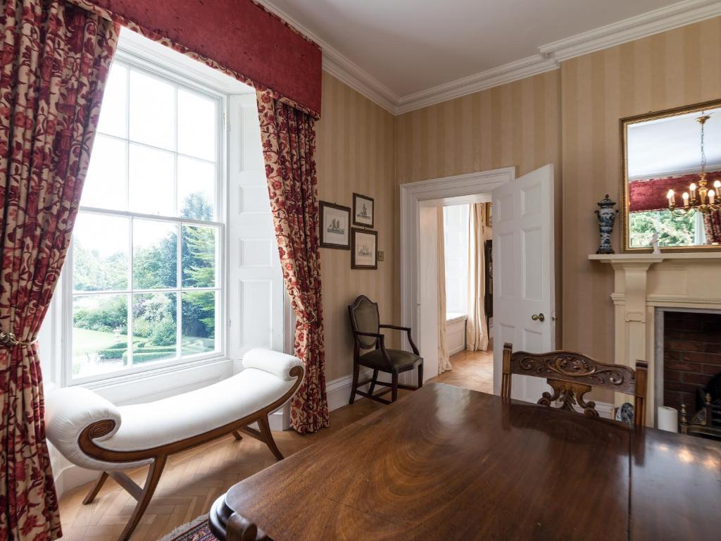 Howe Villa, Richmond – Updated 2018 Prices