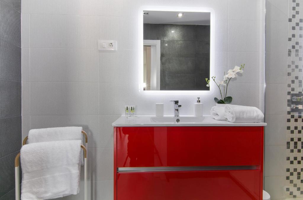 Vonios kambarys apgyvendinimo įstaigoje Gran Vía Princesa Apartment