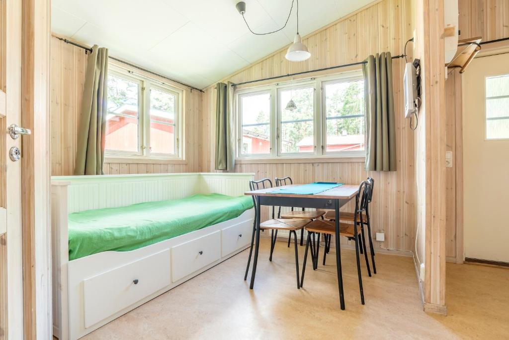 presentförslag 40 år Nordic Camping Bredsand, Enköping, Sweden   Booking.com presentförslag 40 år