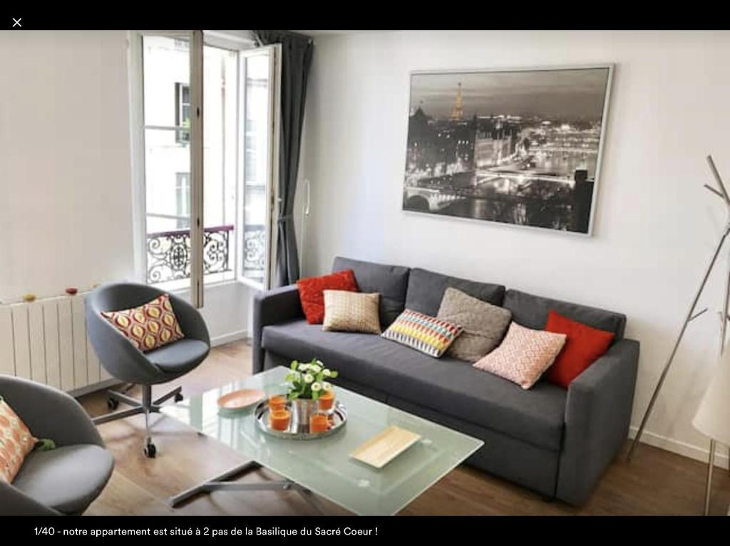 Apartment Paris Montmartre Sacr C Ur France Booking Com # Les Fauteuilles De Kitea