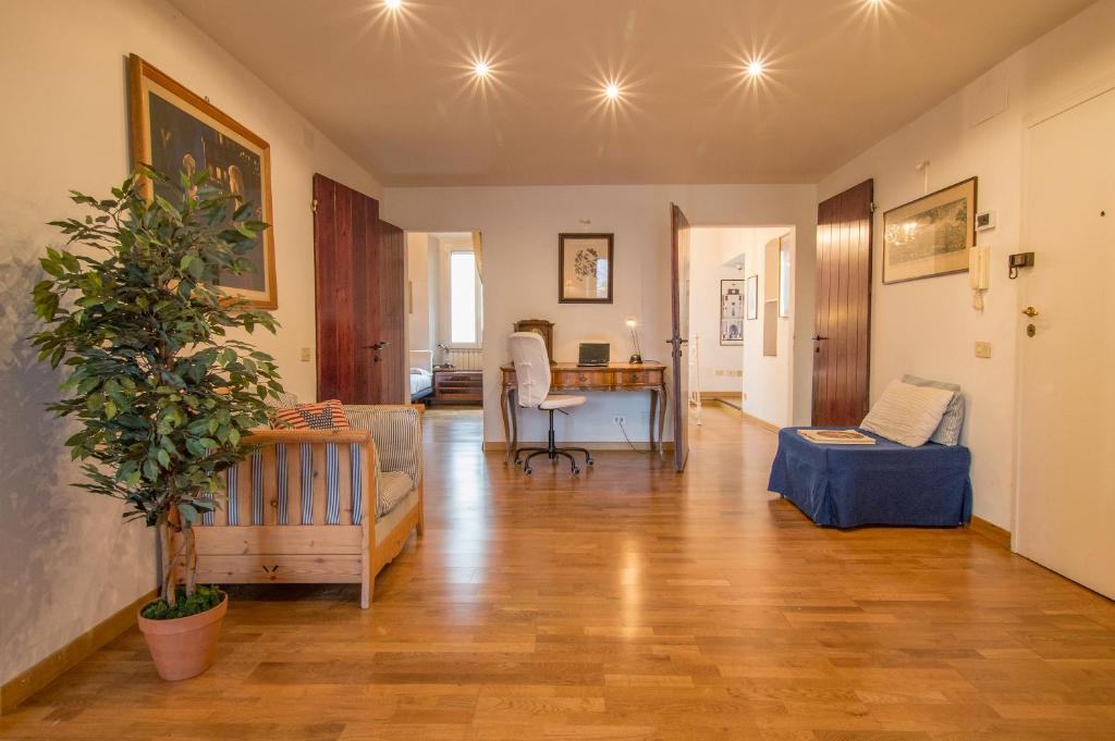 Appartamento Bellavista Firenze, Florence, Italy - Booking.com