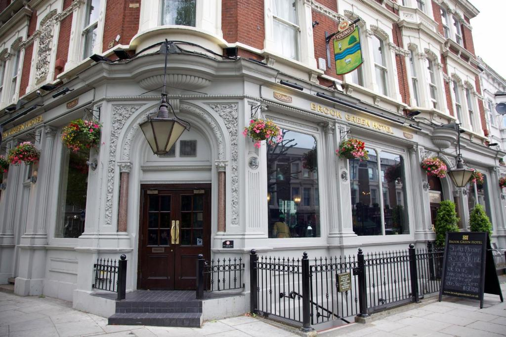 The brook green hotel london including photos for Booking hotels