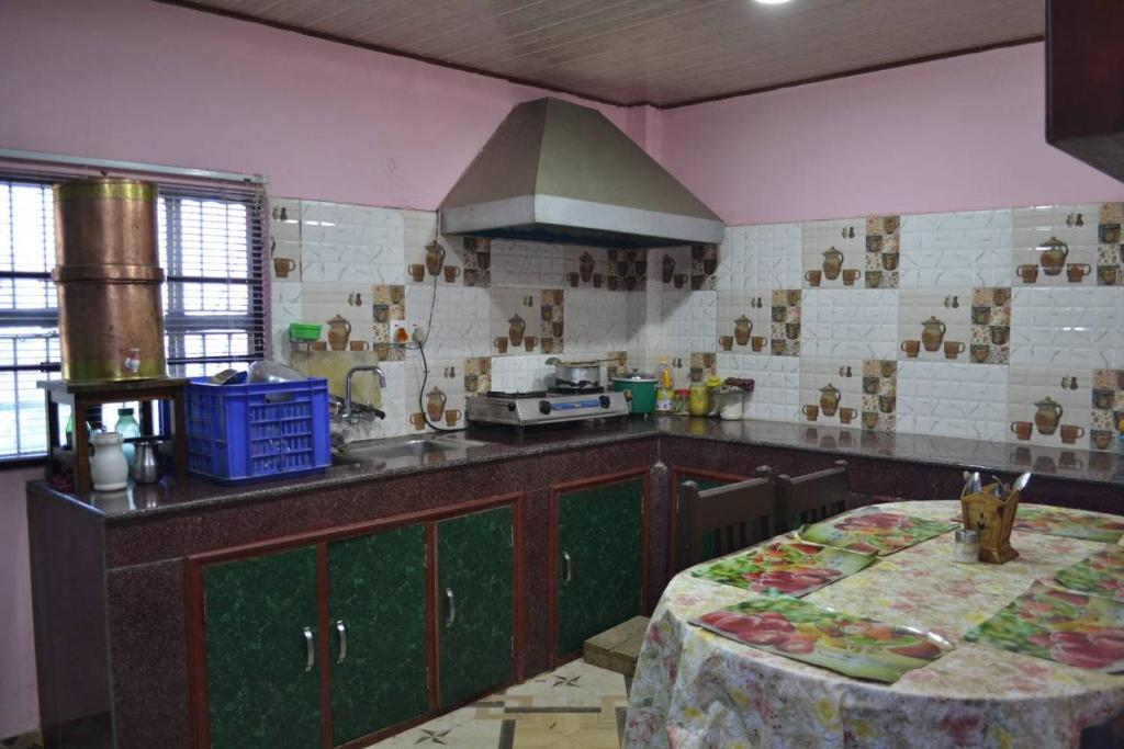Tiles For Kitchen In Nepal Rumah Joglo Limasan Work