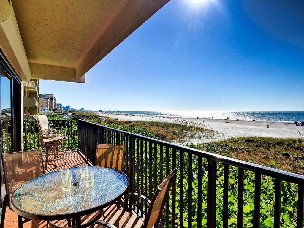 Surfside Condos 204 Clearwater Beach Fl Booking Com