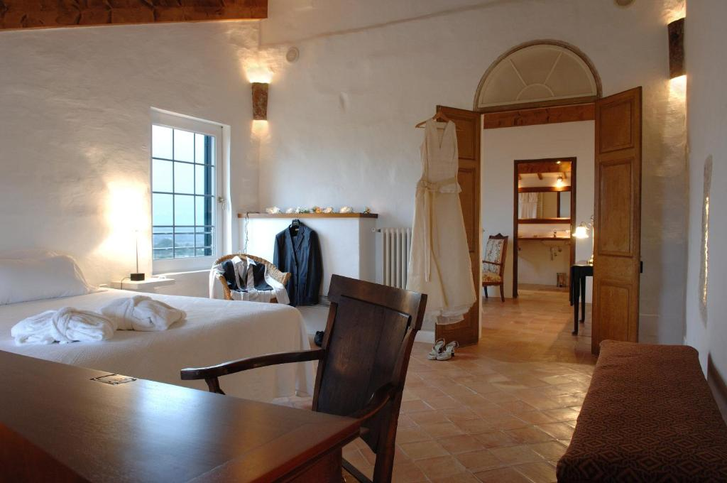 boutique hotels menorca  125