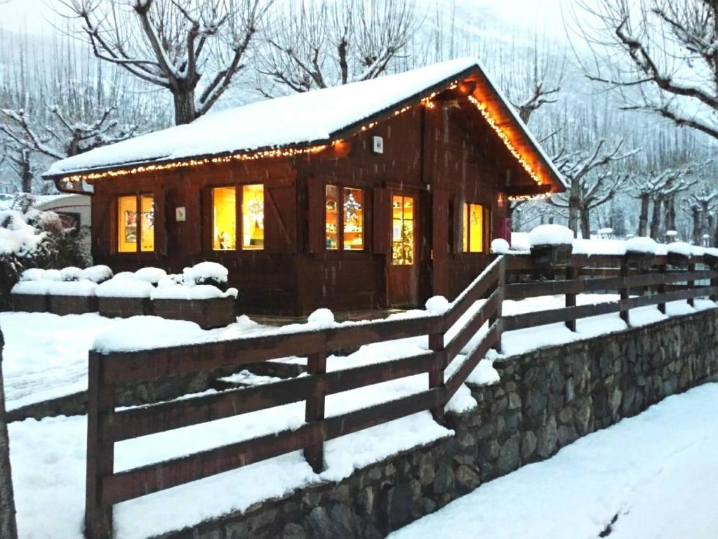 Bungalows Nou Camping Reservar ahora. Imagen de la galería de este alojamiento ...