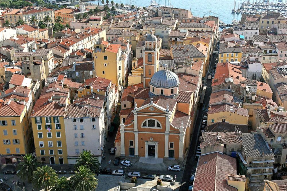 Appartement de charme centre ville historique Ajaccio France