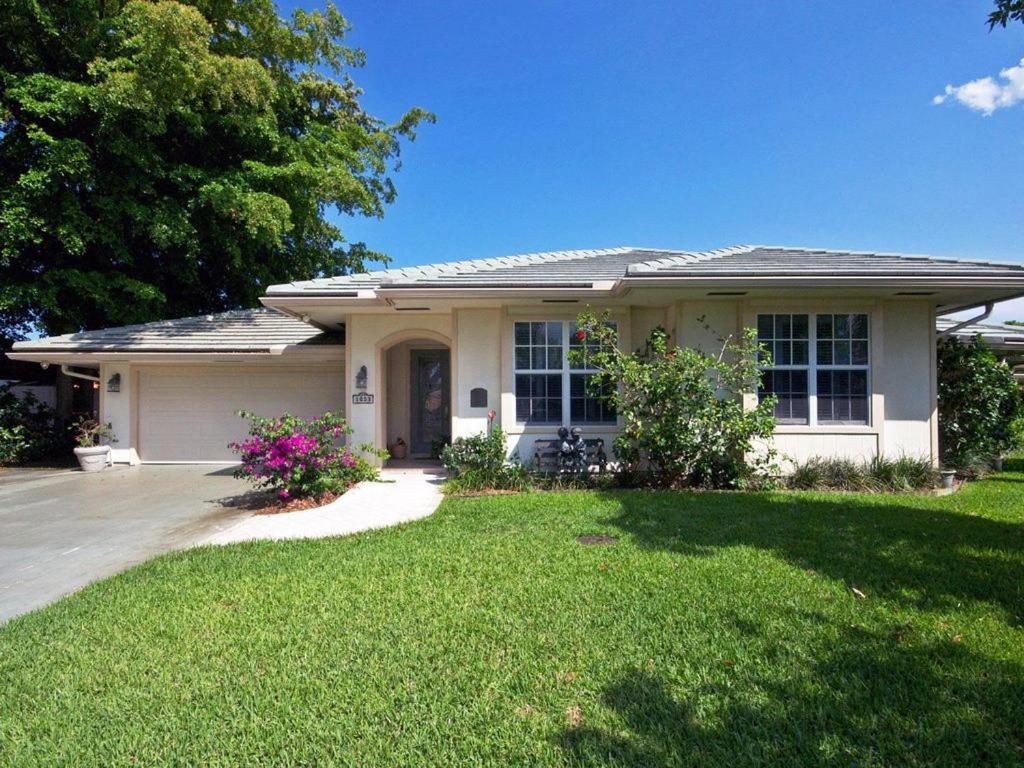 Vacation Home Palm Beach Gardens - PGA Blvd. Home, FL - Booking.com