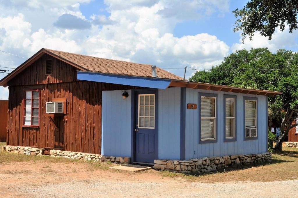 Buchanan galleries cottage