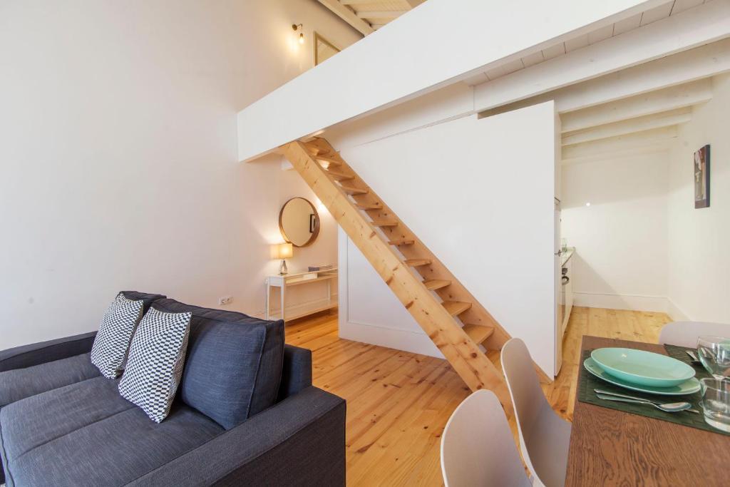 Oporto mezzanine apartment portugal porto booking