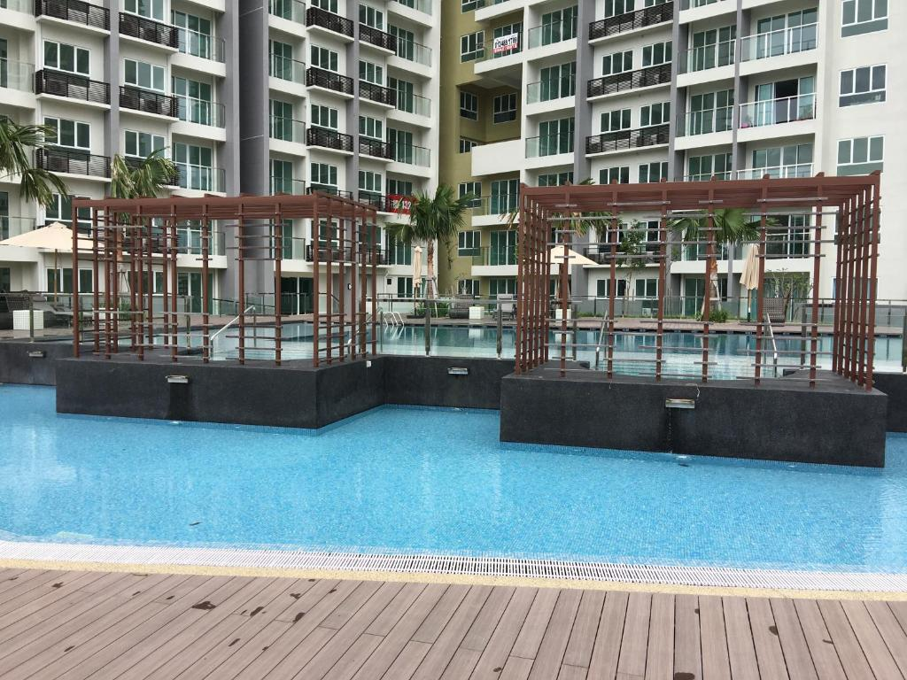 Five star luxury condo, Bayan Lepas – Updated 2018 Prices