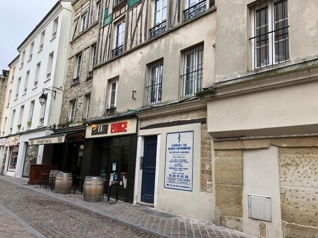 Apartments In Saint-germain-en-laye Ile De France