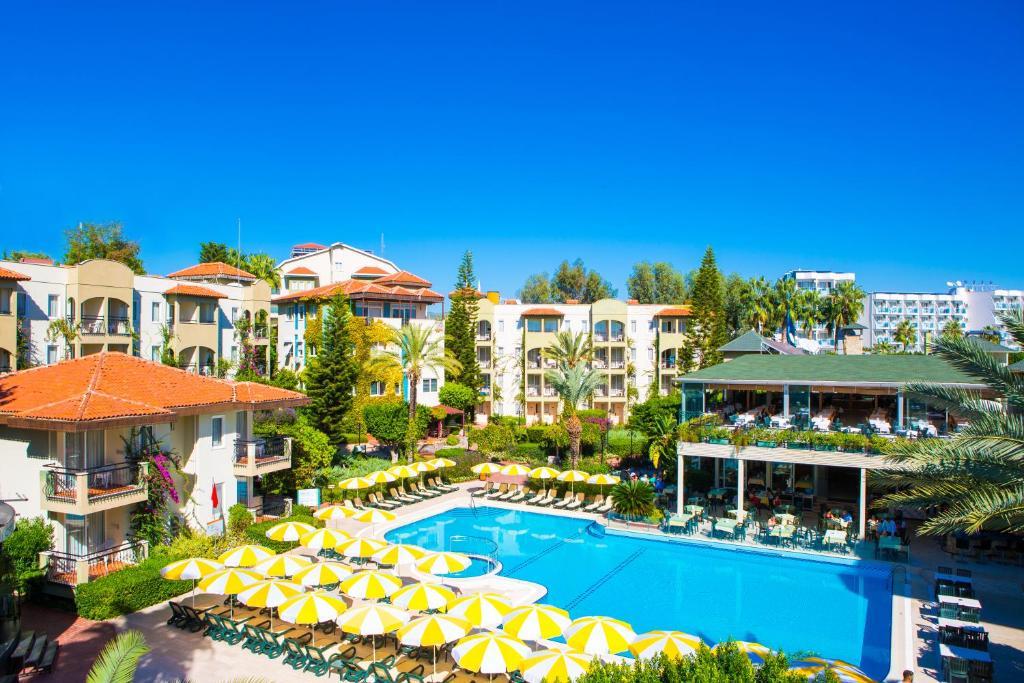 d988f1a508f Vaade basseinile majutusasutuses Gardenia Beach Hotel või selle lähedal