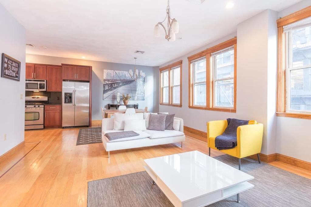 Two-Bedroom Apartment in Heart of North End, Boston, MA - Booking.com