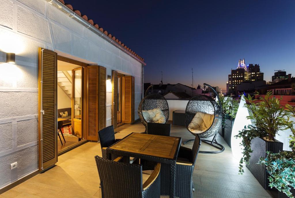 B&B Apartamentos Madrid Centro Fuencarral 46, Madrid – Prezzi ...