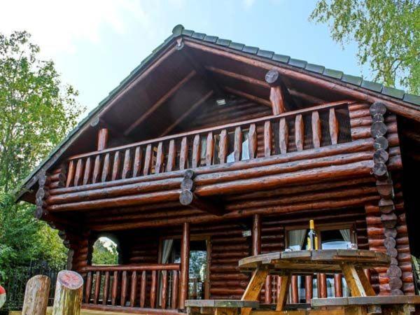 Nightingale Lodge